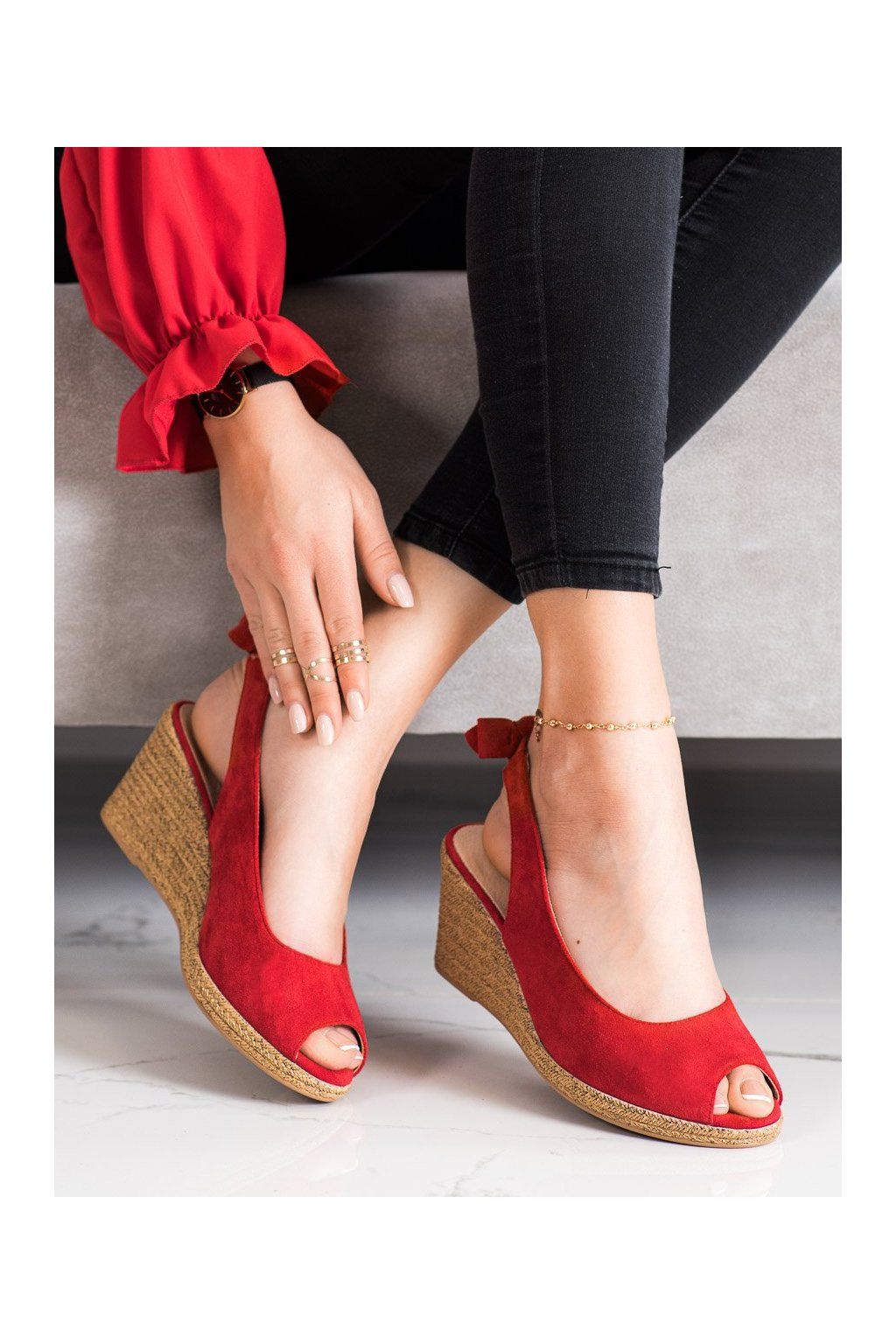 Červené sandále na platforme Vinceza kod XY21-10610R