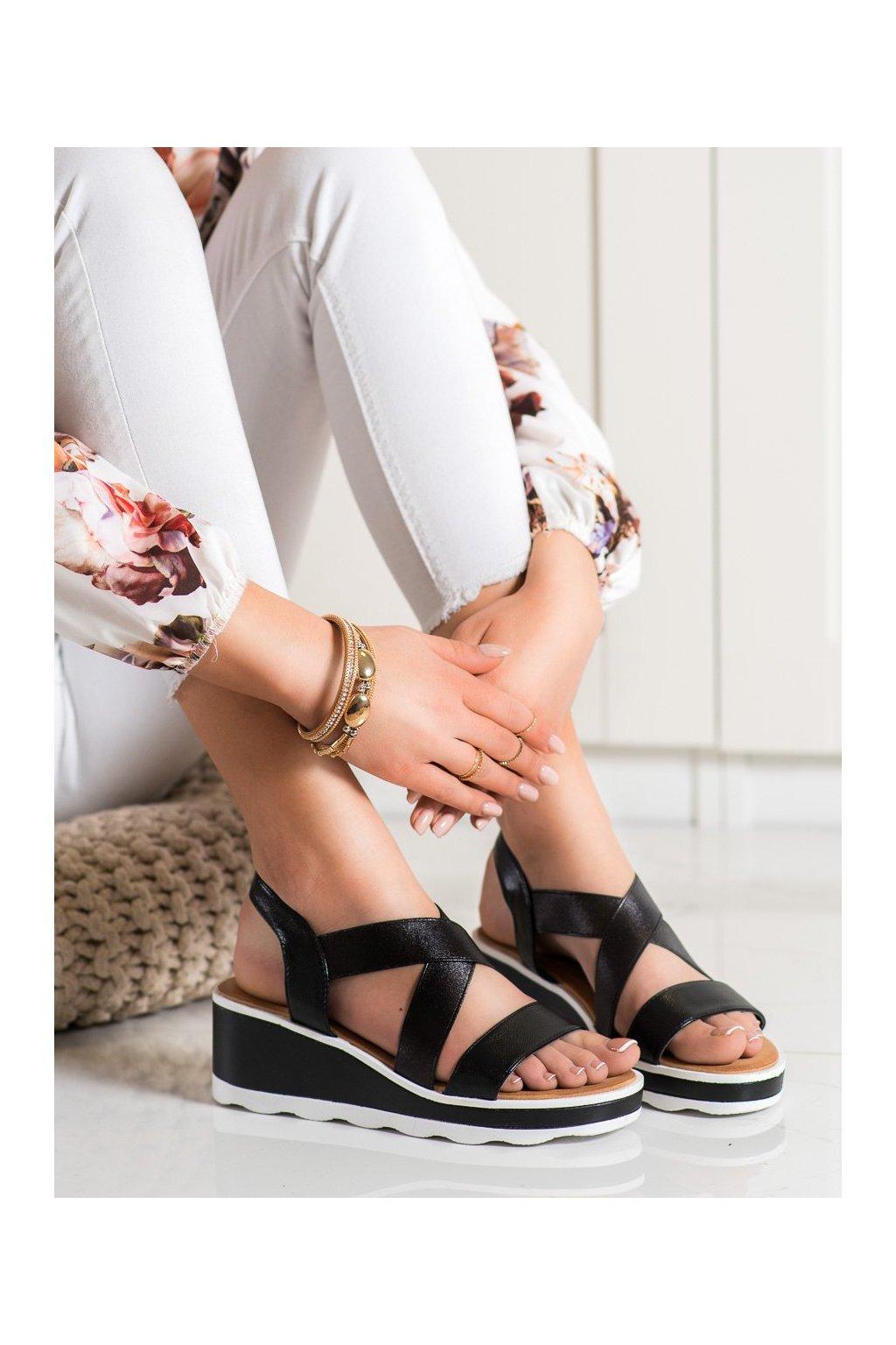Čierne sandále na platforme Weide kod Y607B