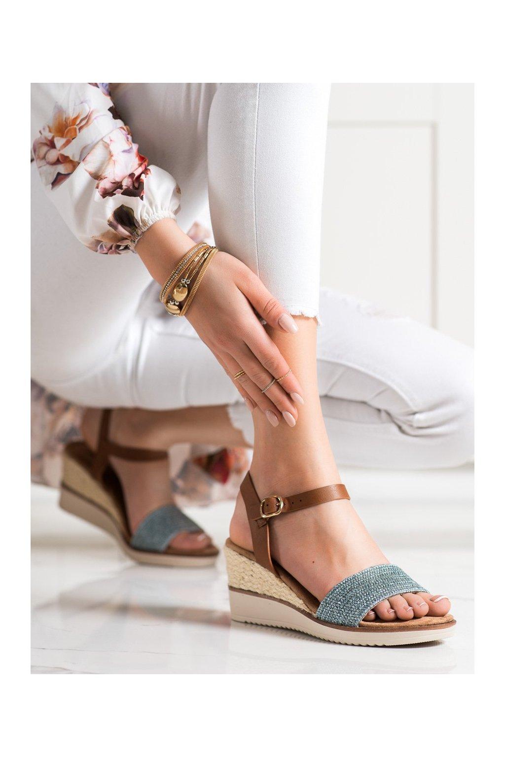 Modré sandále na platforme Evento kod 21SD98-3590BL