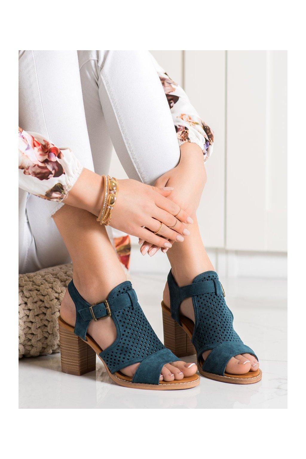 Modré sandále na podpätku Evento kod 21SD35-3581BL