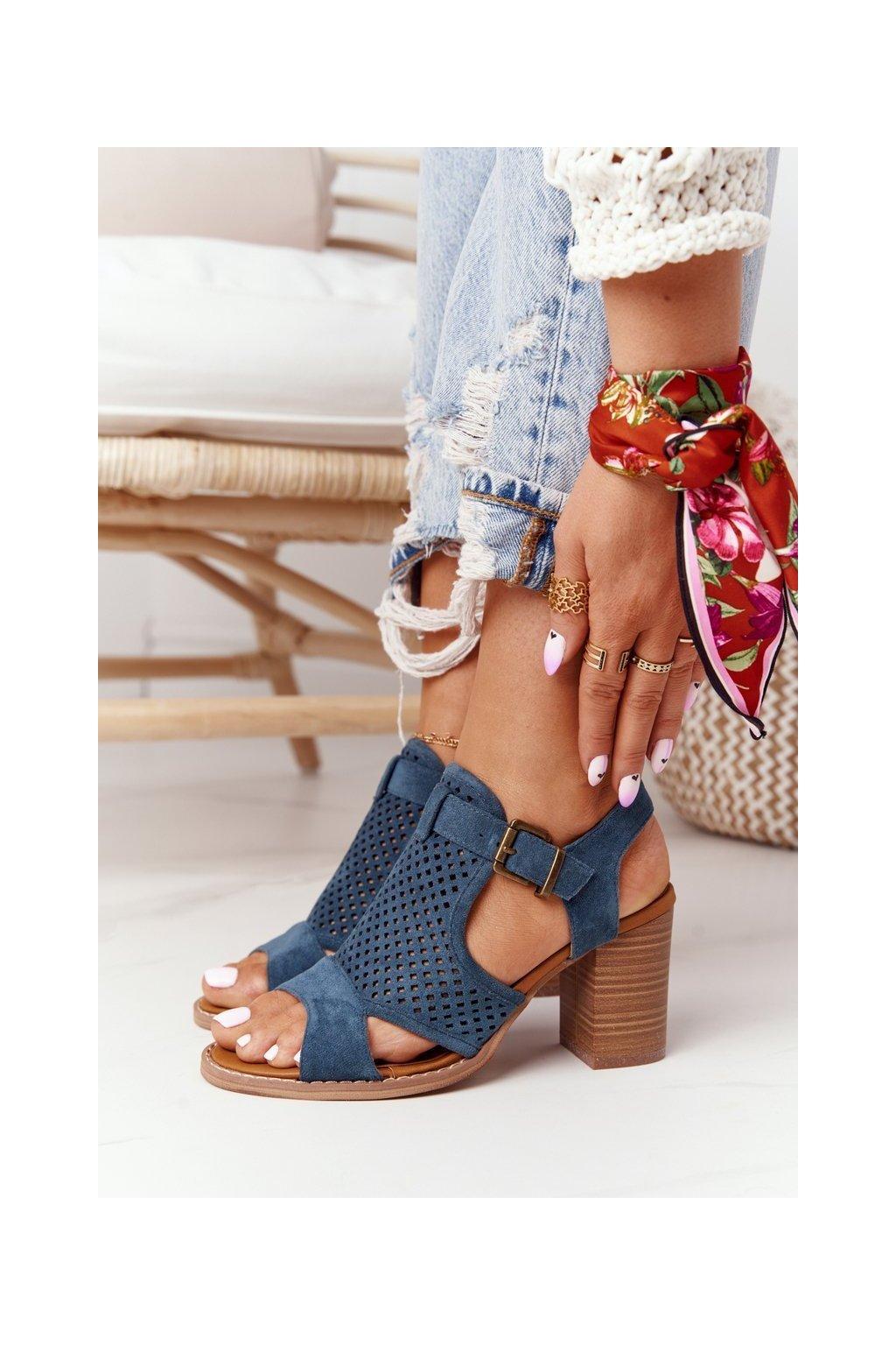 Dámske sandále na podpätku farba hnedá kód obuvi 21SD35-3581 BLUE