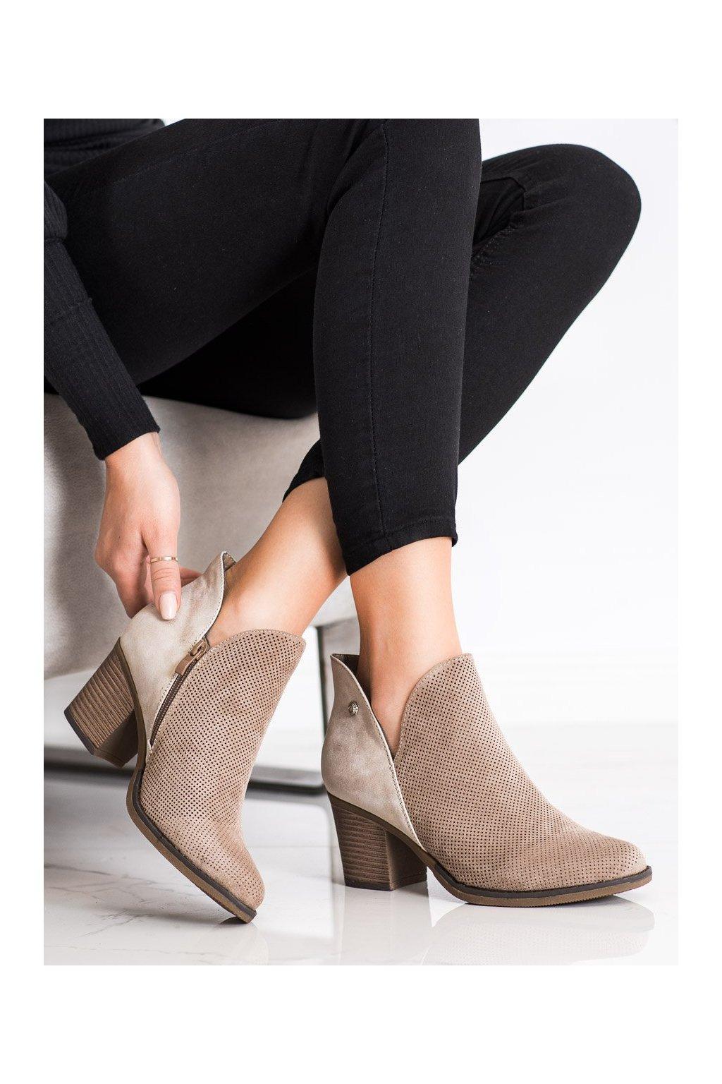 Hnedé dámske topánky Filippo kod DBT2075/21BE