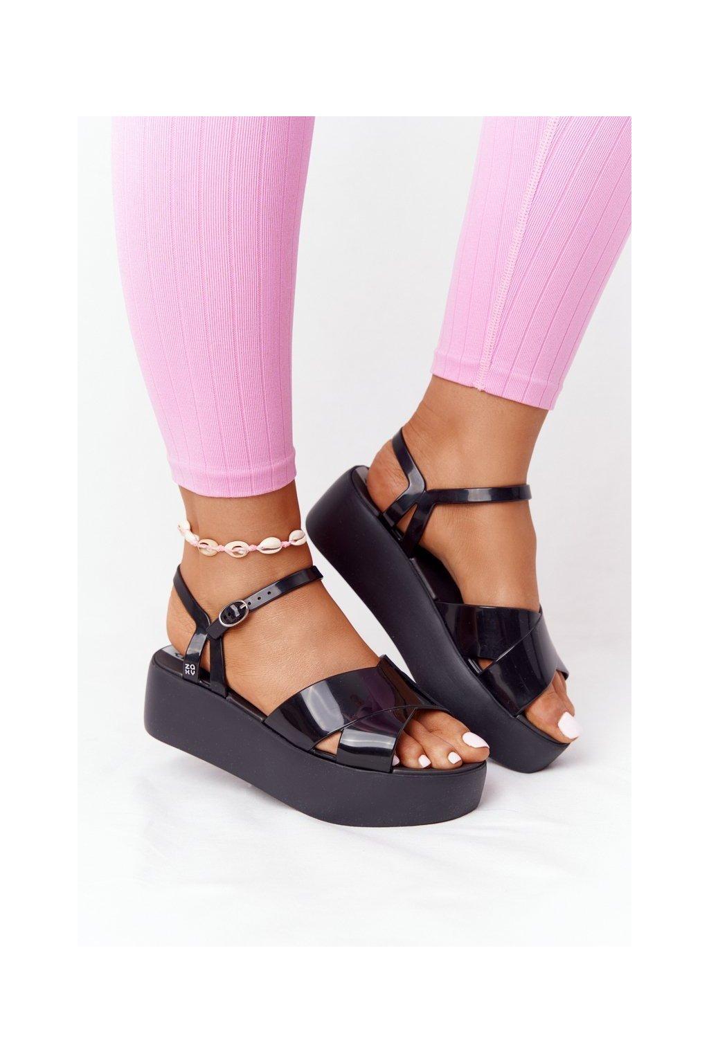 Dámske ploché sandále farba čierna kód obuvi HH285132 BLK