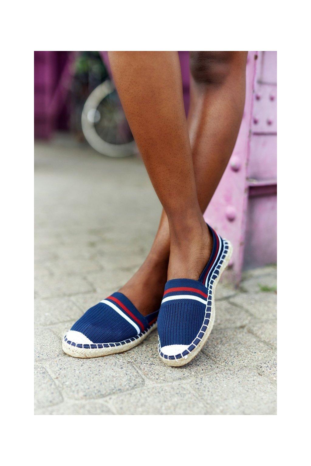 Dámske tenisky farba viacfarebná kód obuvi HH274483 NAVY