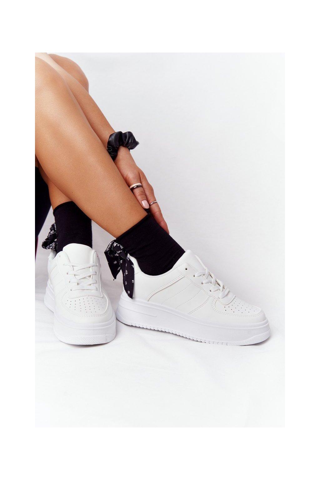 Dámske tenisky farba biela kód obuvi G191 WHITE