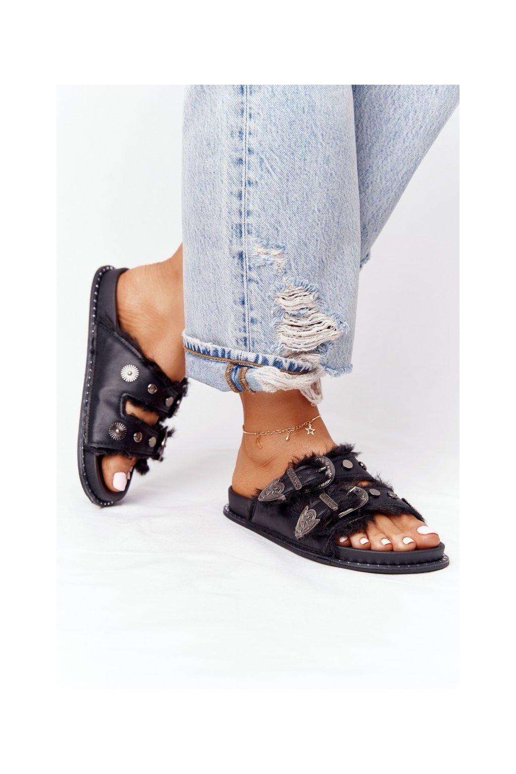 Dámske šľapky farba čierna kód obuvi DD70 BLK