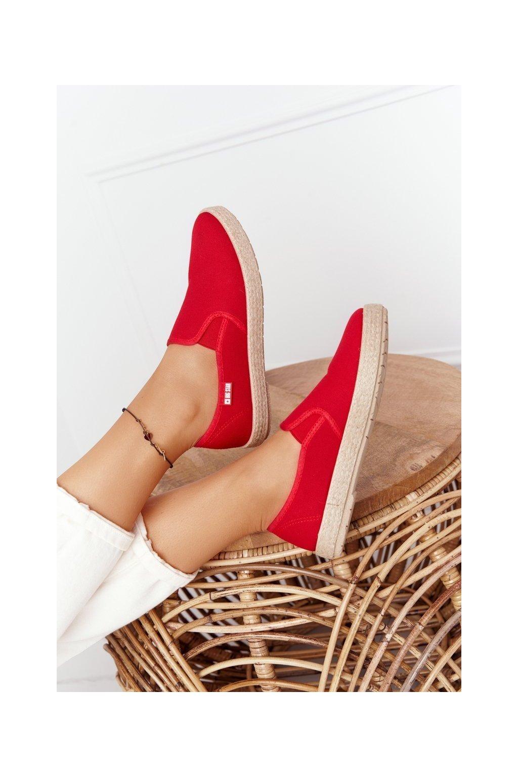 Dámske tenisky farba červená kód obuvi DD274018 RED