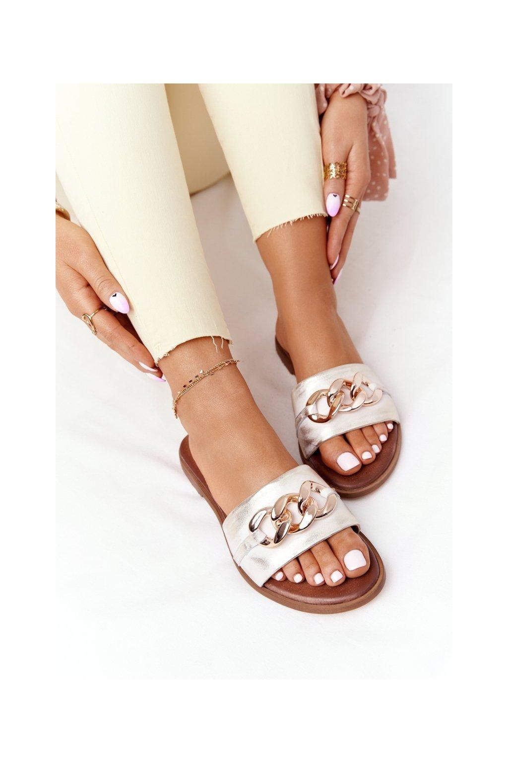 Dámske šľapky farba biela kód obuvi 2652/004 METALIC WHITE