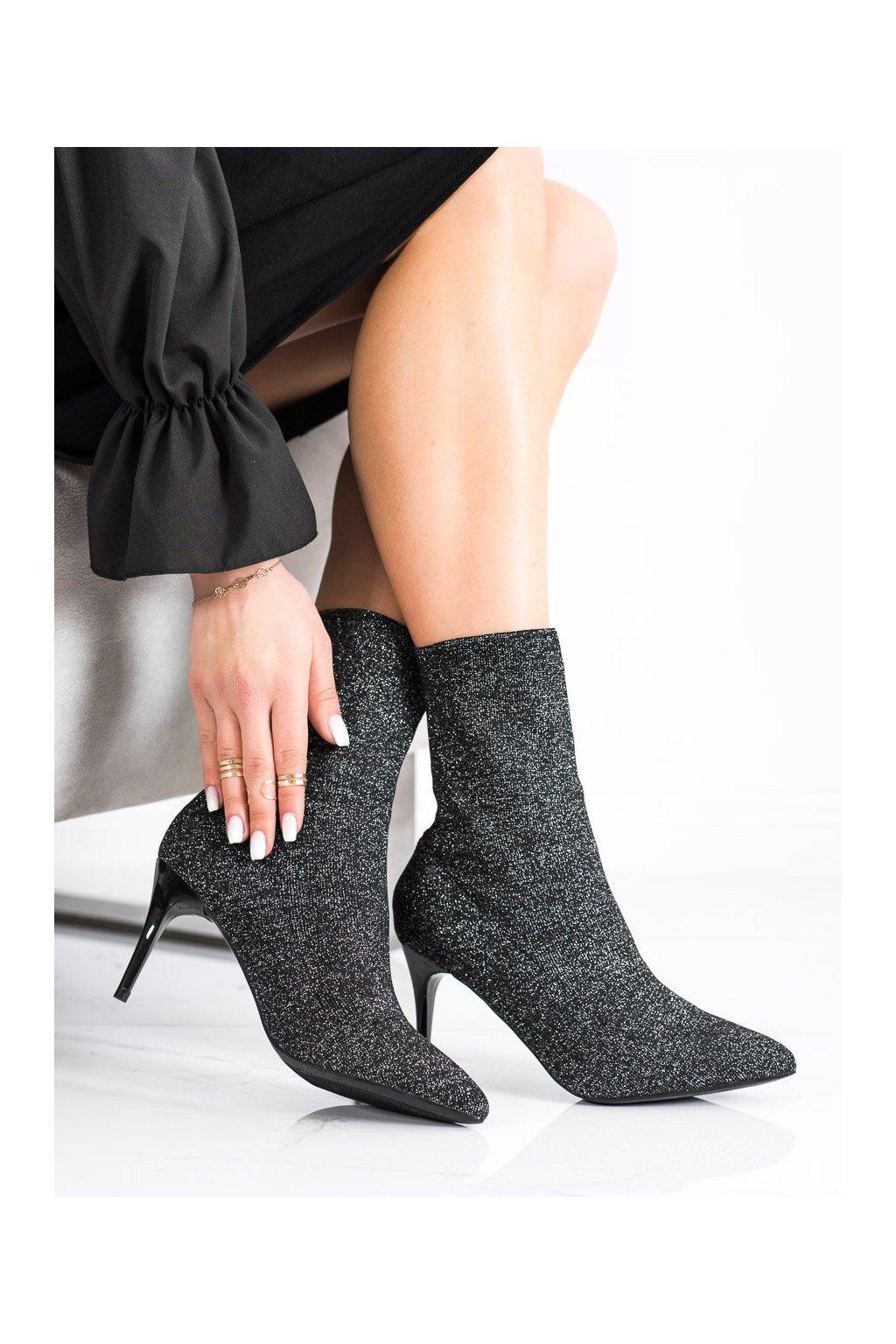 Čierne dámske topánky Sabatina kod IMG-0410B