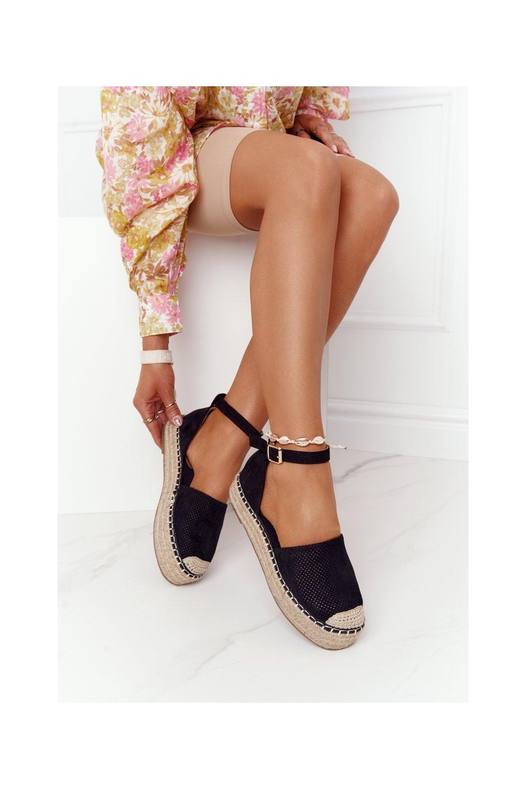 Dámske tenisky farba čierna kód obuvi BL261 BLACK