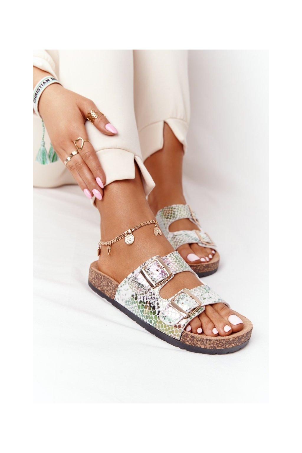 Dámske šľapky farba biela kód obuvi DZ101-19 SILVER SNAKE