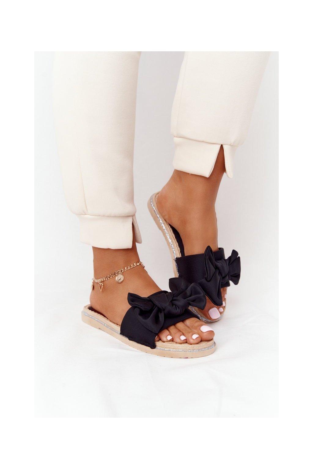 Dámske šľapky farba čierna kód obuvi WS9020 BLACK