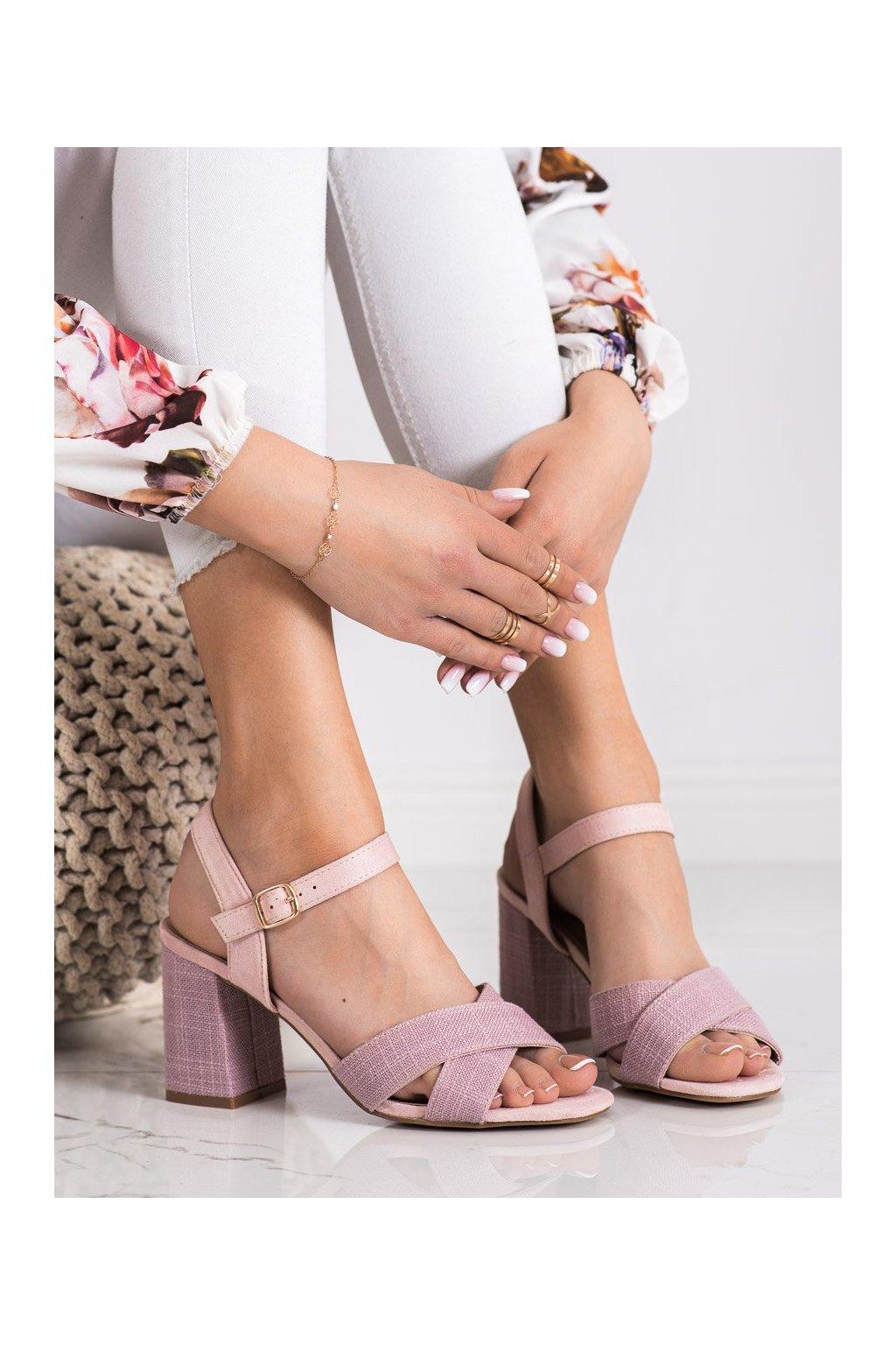 Ružové sandále na podpätku Vinceza kod YQE21-17125P