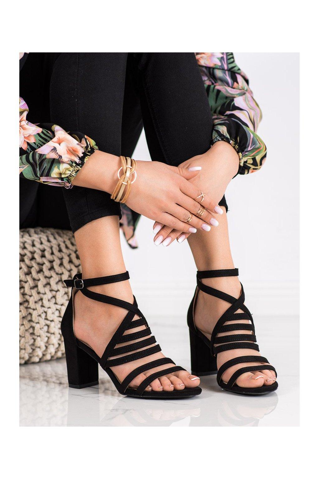 Čierne sandále na podpätku Vinceza kod YQE21-17133B