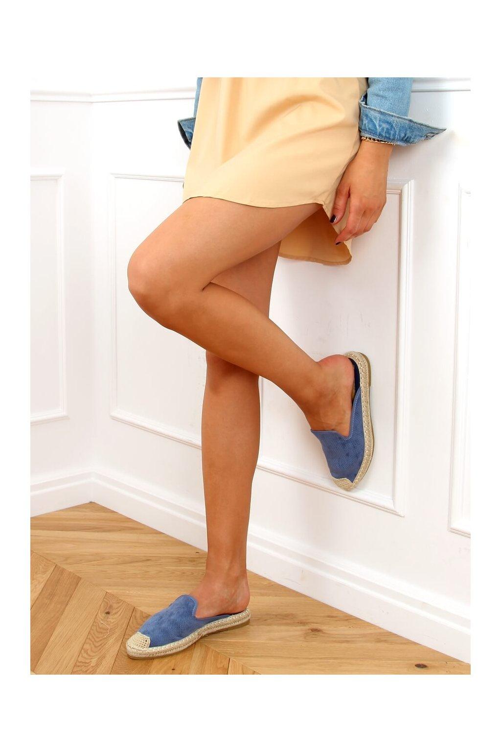Dámske sandále s plochou podrážkou modré na plochom podpätku 4821