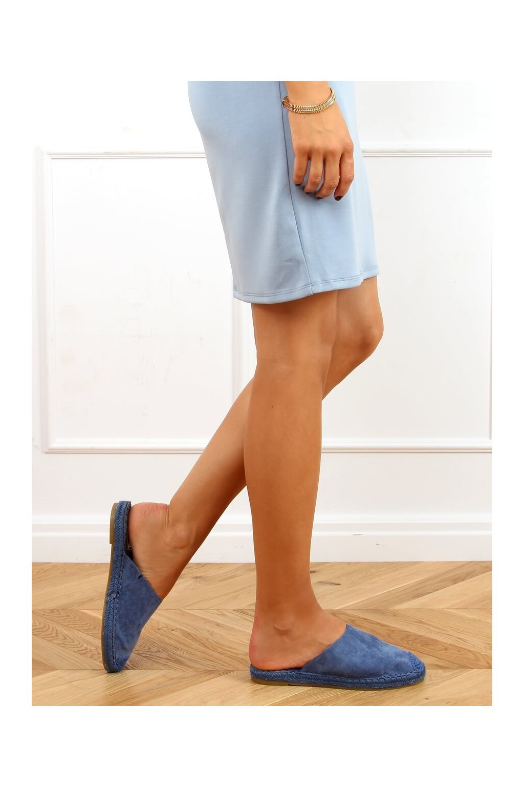 Dámske sandále s plochou podrážkou modré na plochom podpätku 3899