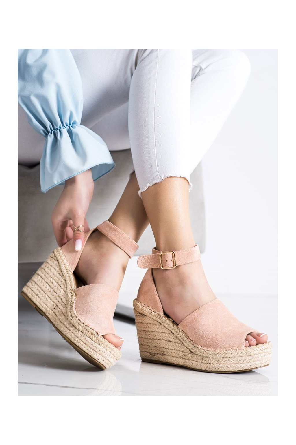 Ružové sandále na platforme Shelovet kod BL1918P