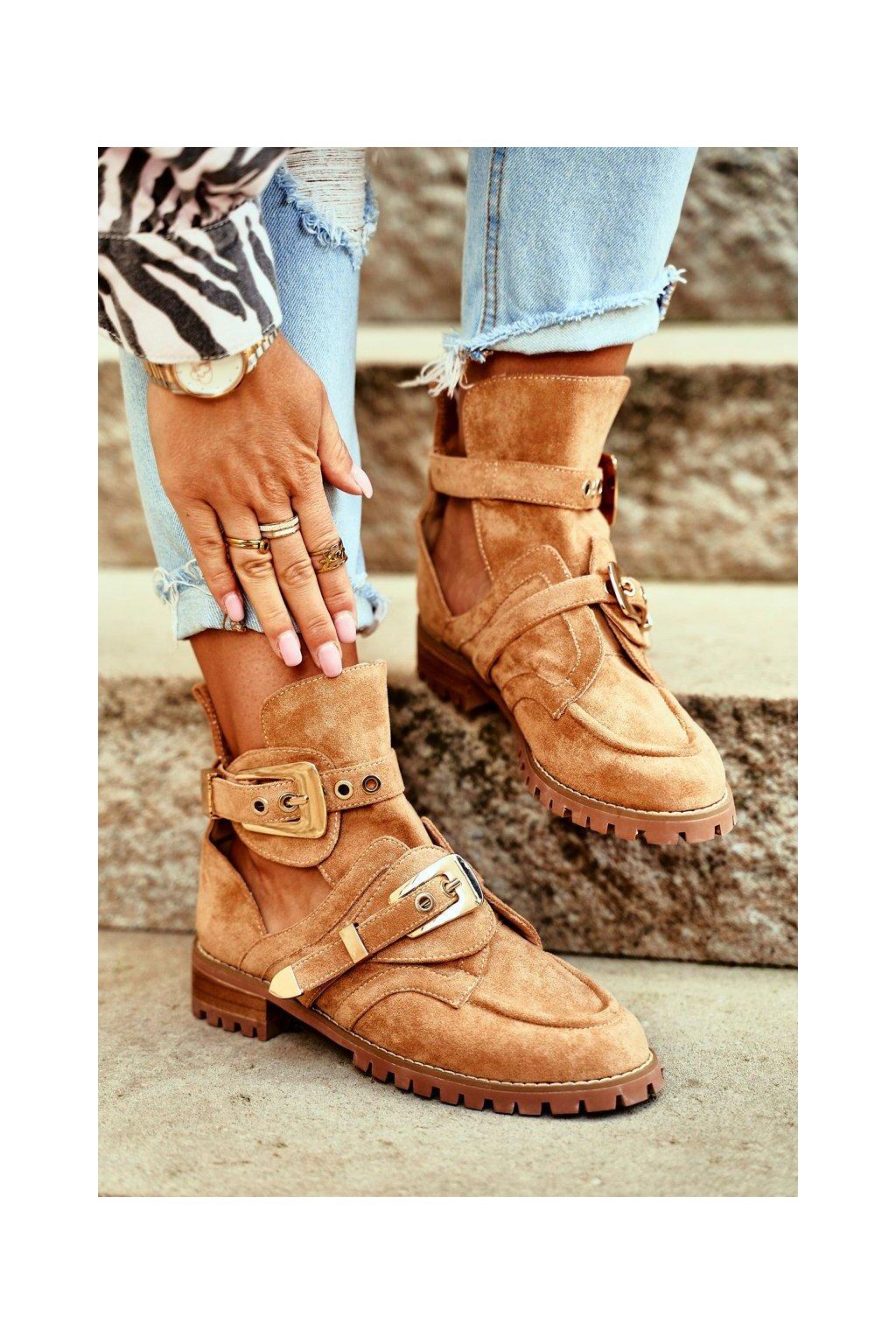 Členkové topánky na podpätku farba hnedá NJSK XW37266 CAMEL SUEDE