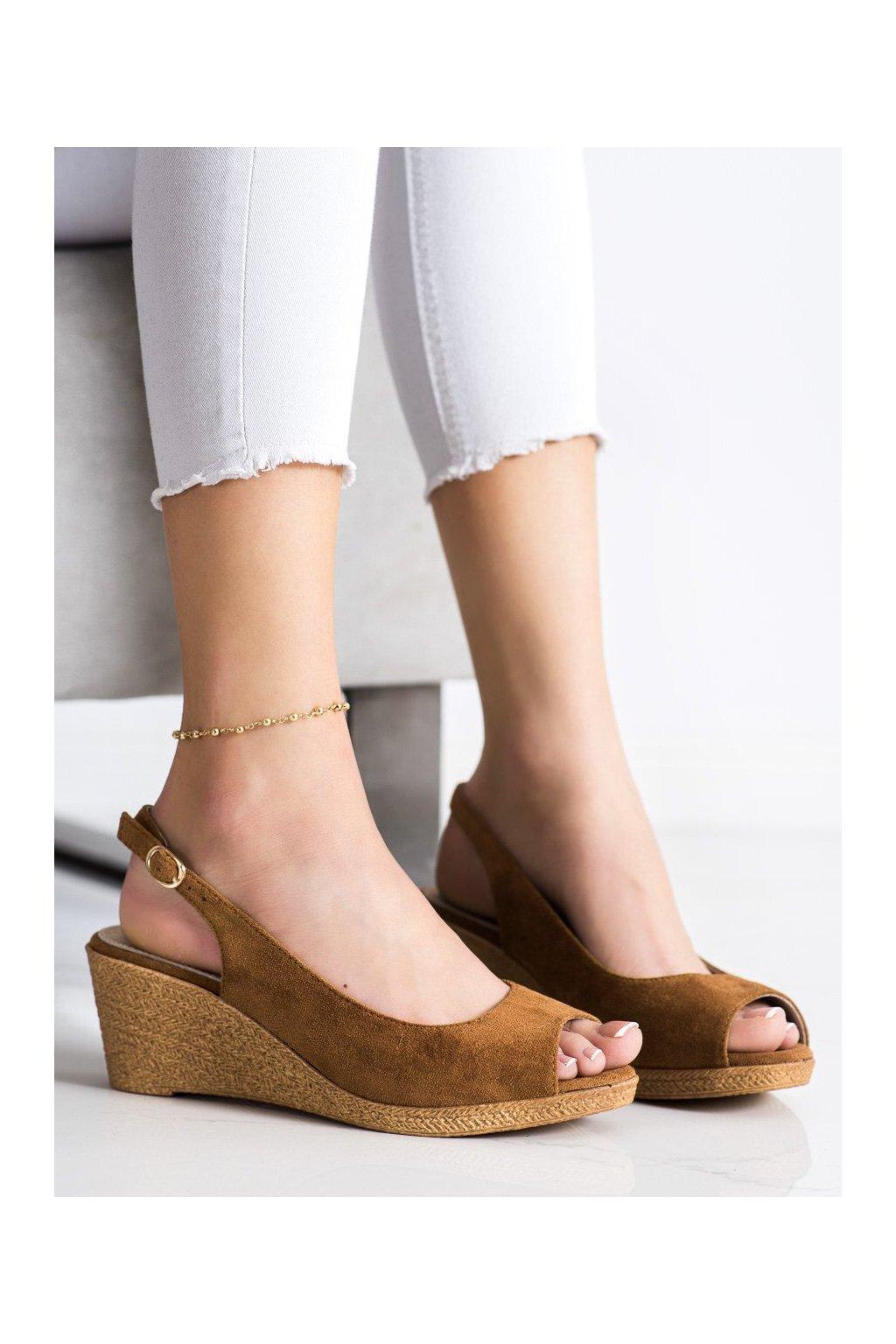 Hnedé sandále na platforme Goodin kod GD-FL653D.C