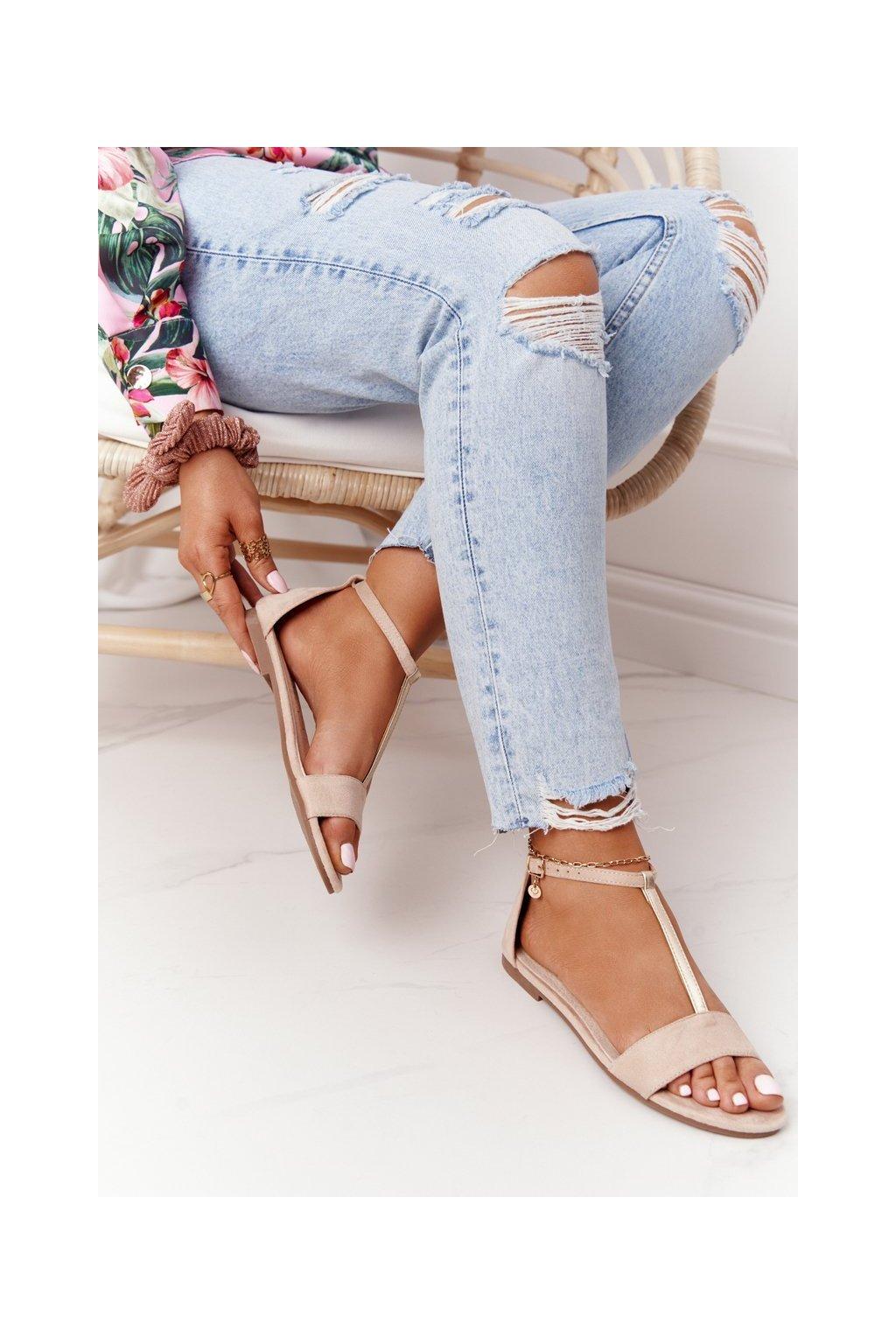 Dámske sandále s plochou podrážkou farba hnedá kód obuvi 541-7 BEIGE