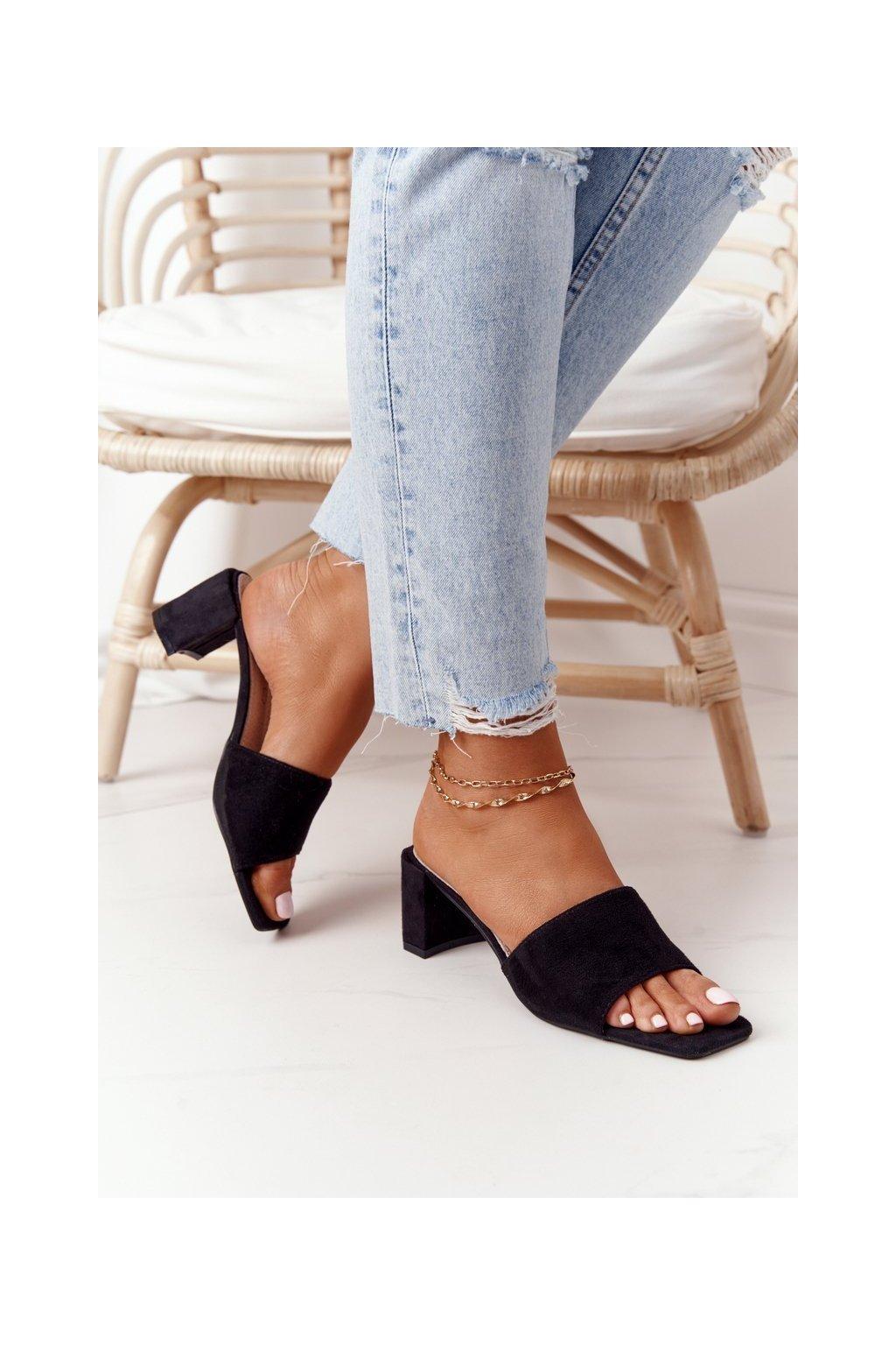 Dámske šľapky farba čierna kód obuvi 238-S1 BLACK
