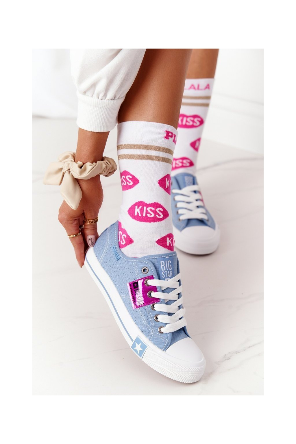 Dámske tenisky farba modrá kód obuvi FF274037 BLUE