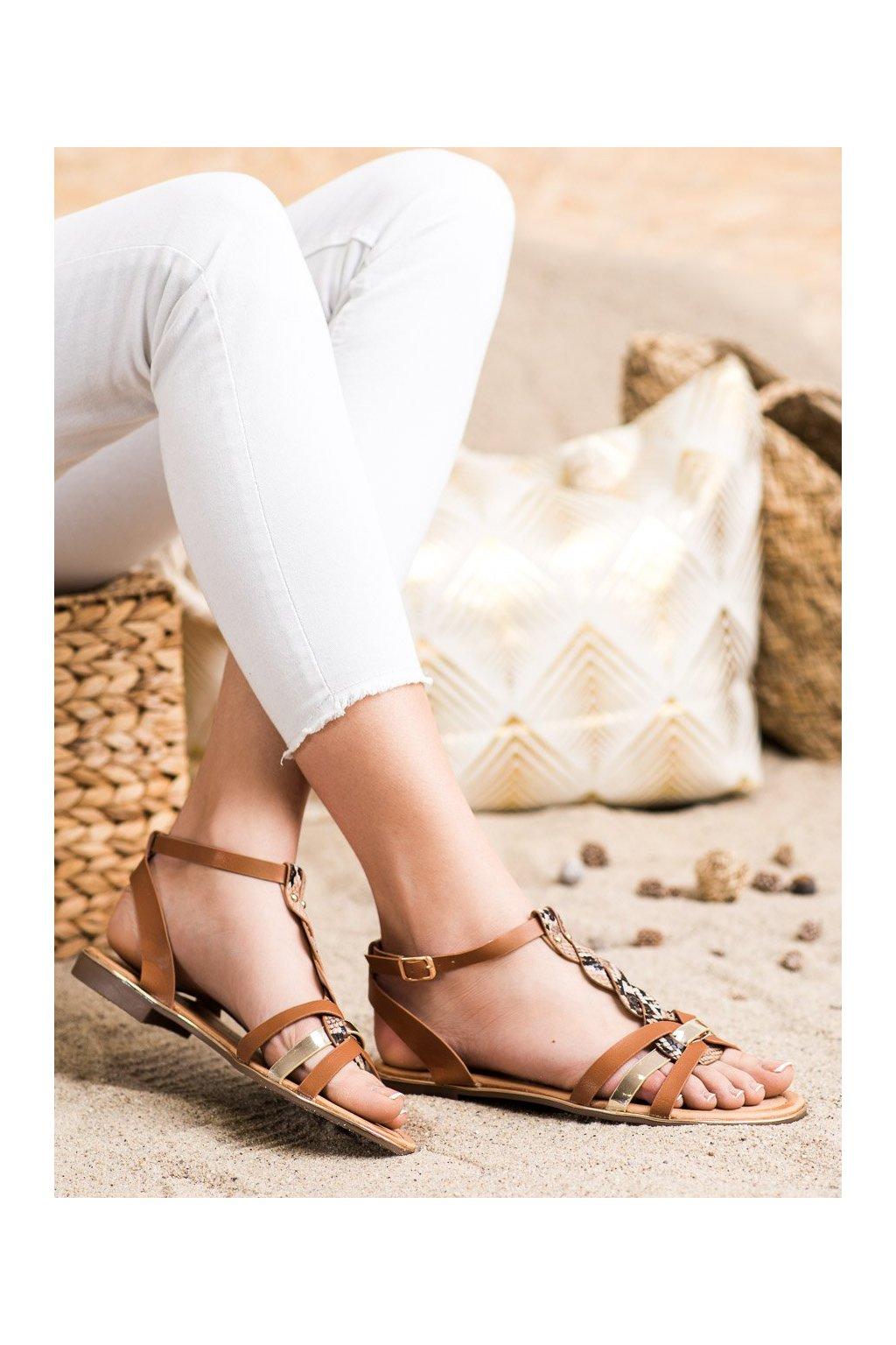 Hnedé sandále s plochou podrážkou Seastar kod JH128SNA/C