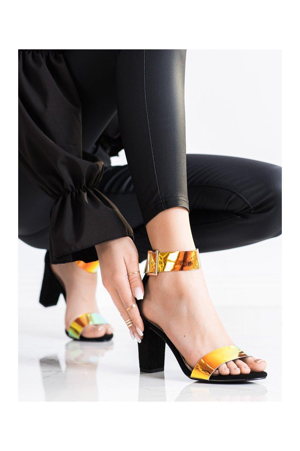 Čierne sandále na podpätku Goodin kod GD-FL1066B