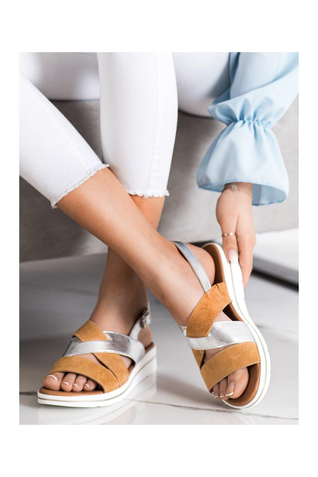 Hnedé sandále s plochou podrážkou na platforme Sergio leone kod SK039BE/S