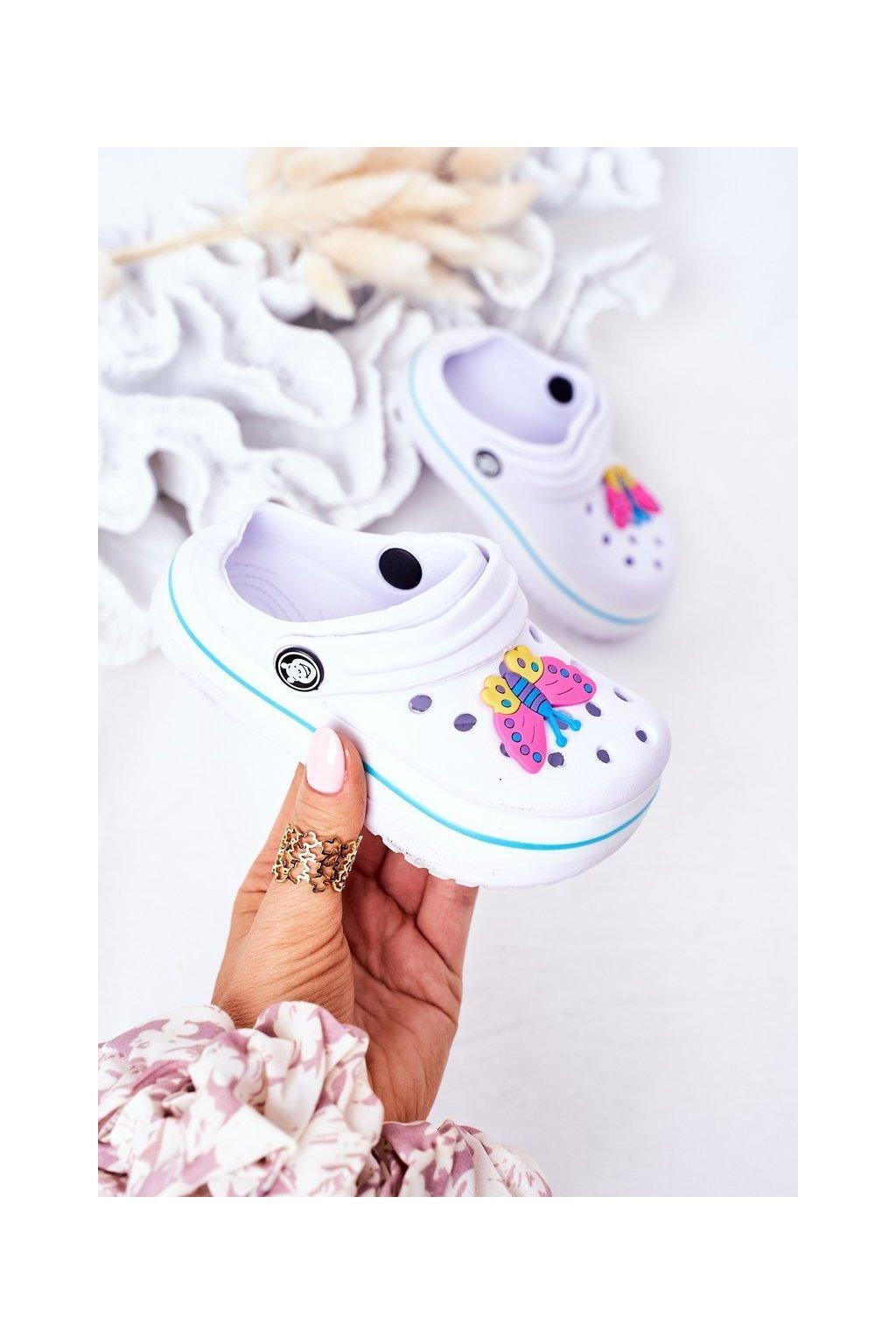 Detské šľapky farba biela kód obuvi 8843CC WHITE