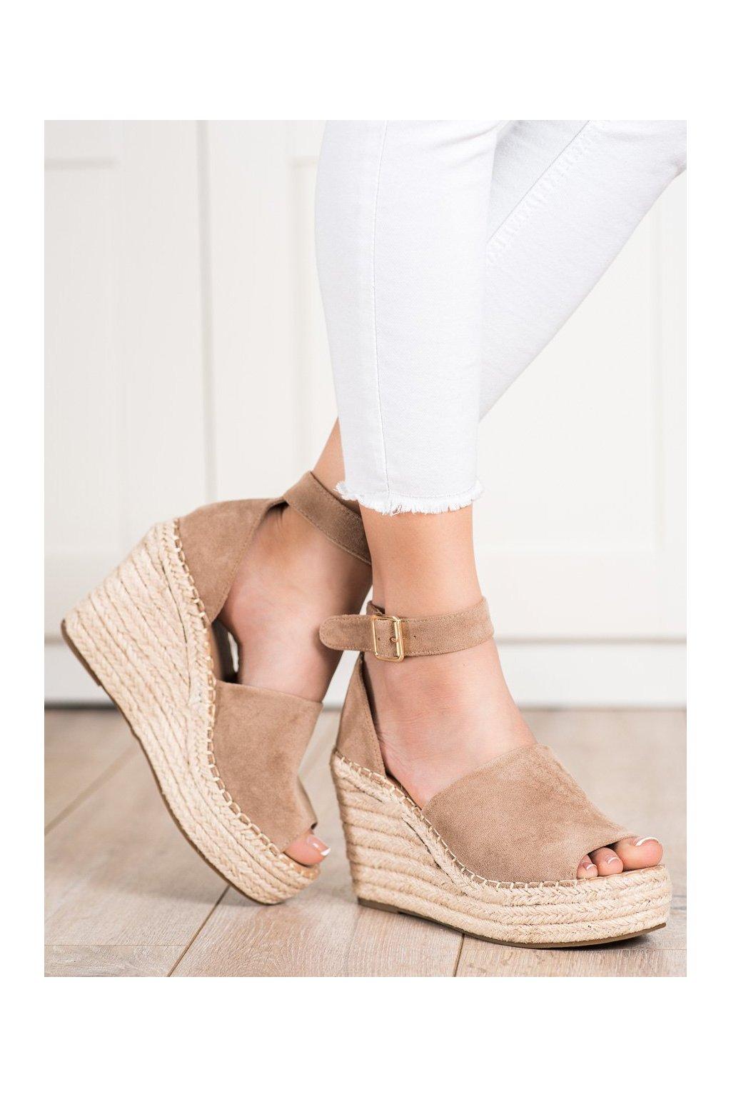 Hnedé sandále na platforme Shelovet kod BL1918KH