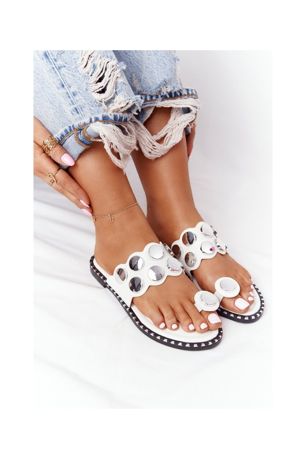 Dámske šľapky farba biela kód obuvi SK78P WHITE