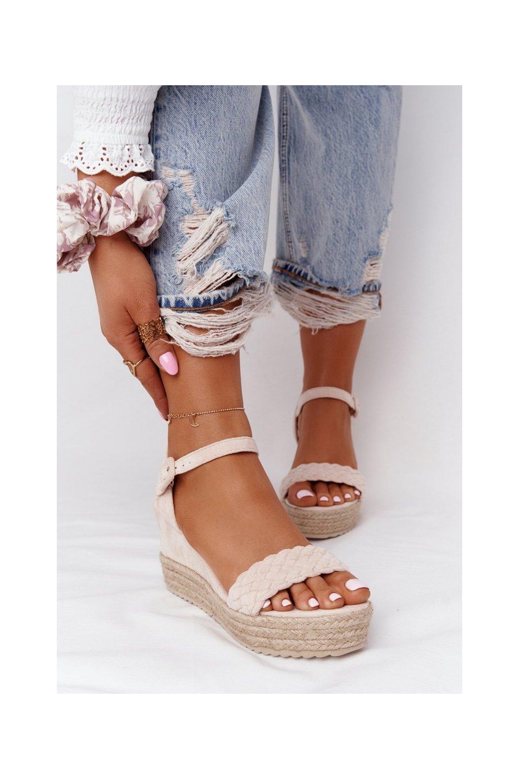 Dámske sandále na platforme farba hnedá kód obuvi XY12 BEIGE