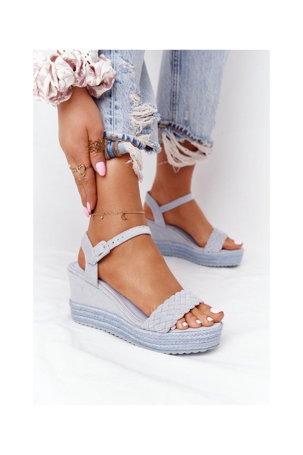 Dámske sandále na platforme farba modrá kód obuvi XY12 BLUE