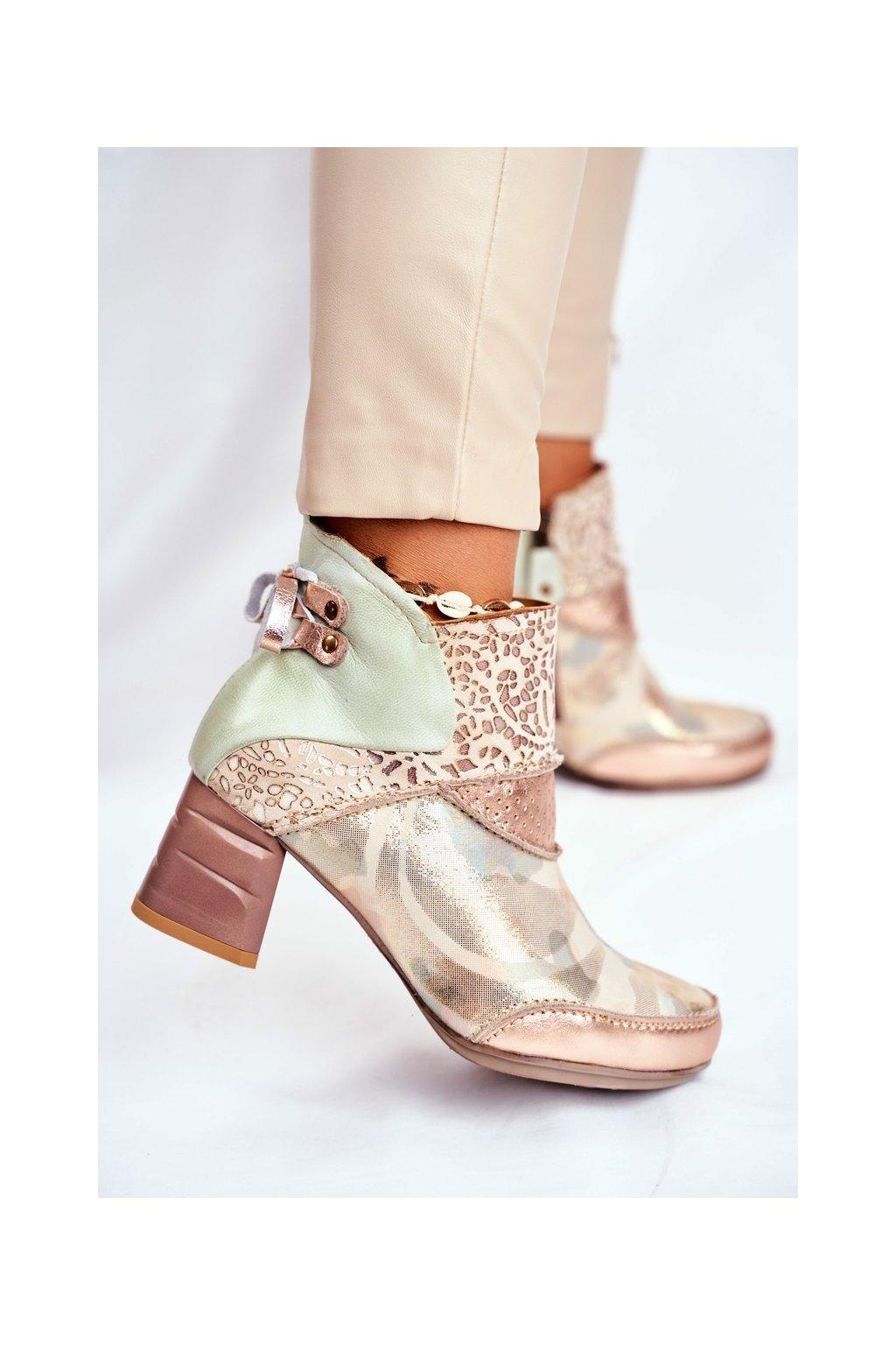 Členkové topánky na podpätku farba hnedá NJSK 03410-04/0-5 BEŻ