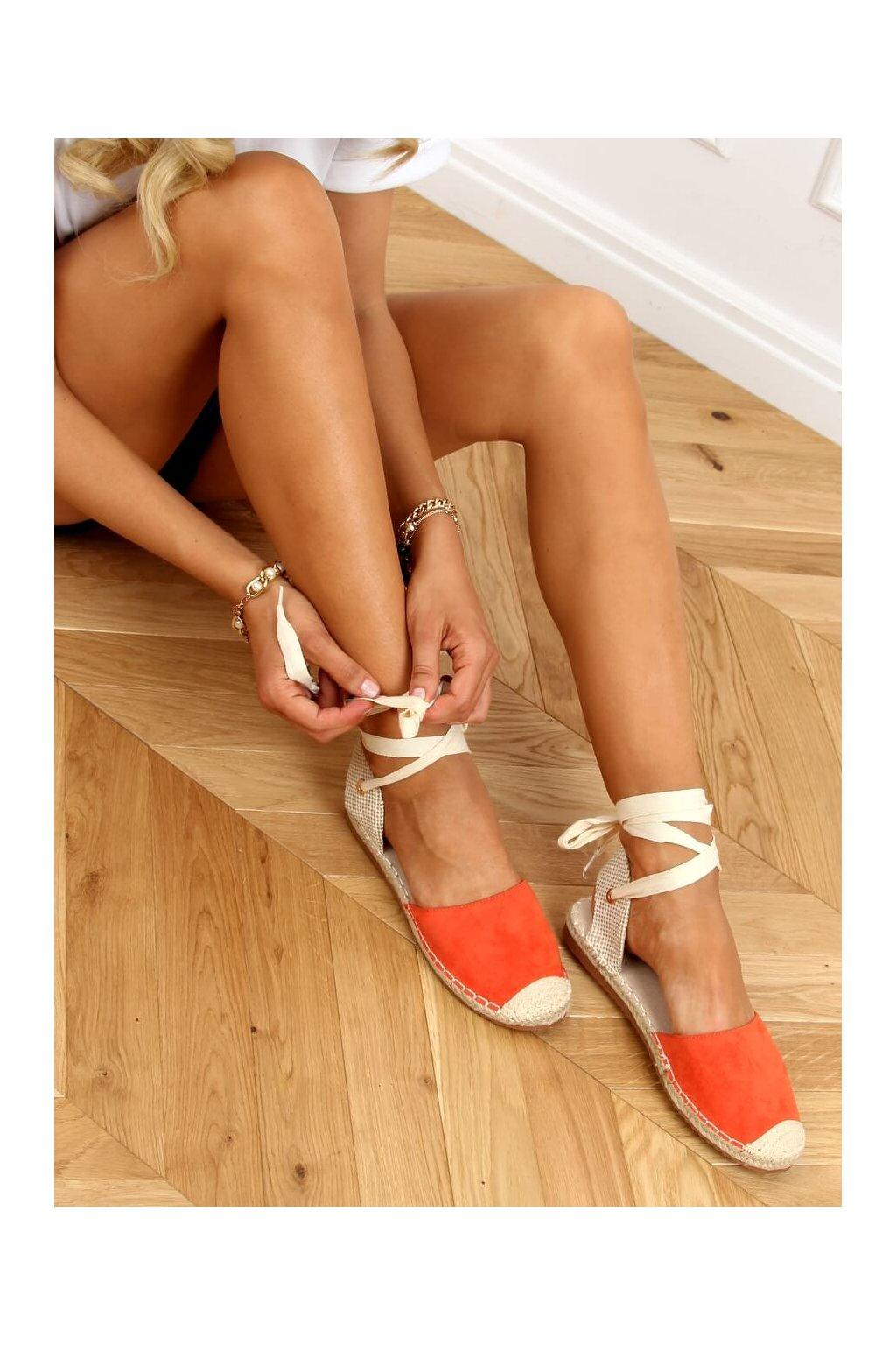 Dámske sandále oranžové na plochom podpätku H-107
