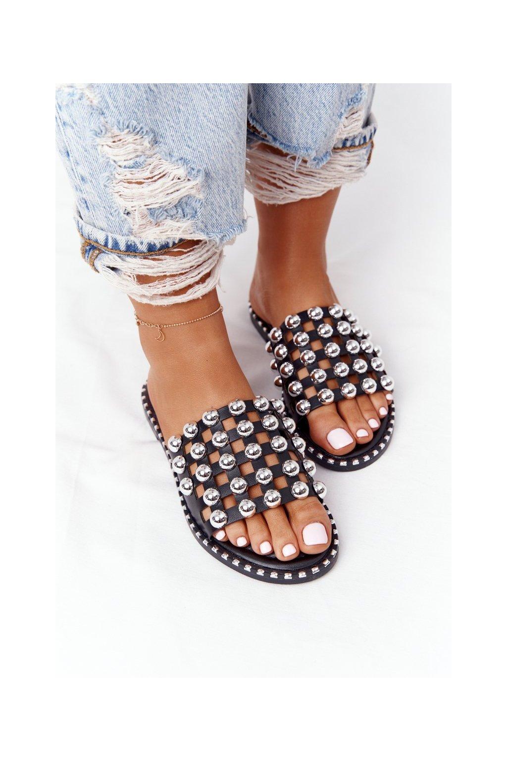 Dámske šľapky farba čierna kód obuvi SK72 BLK