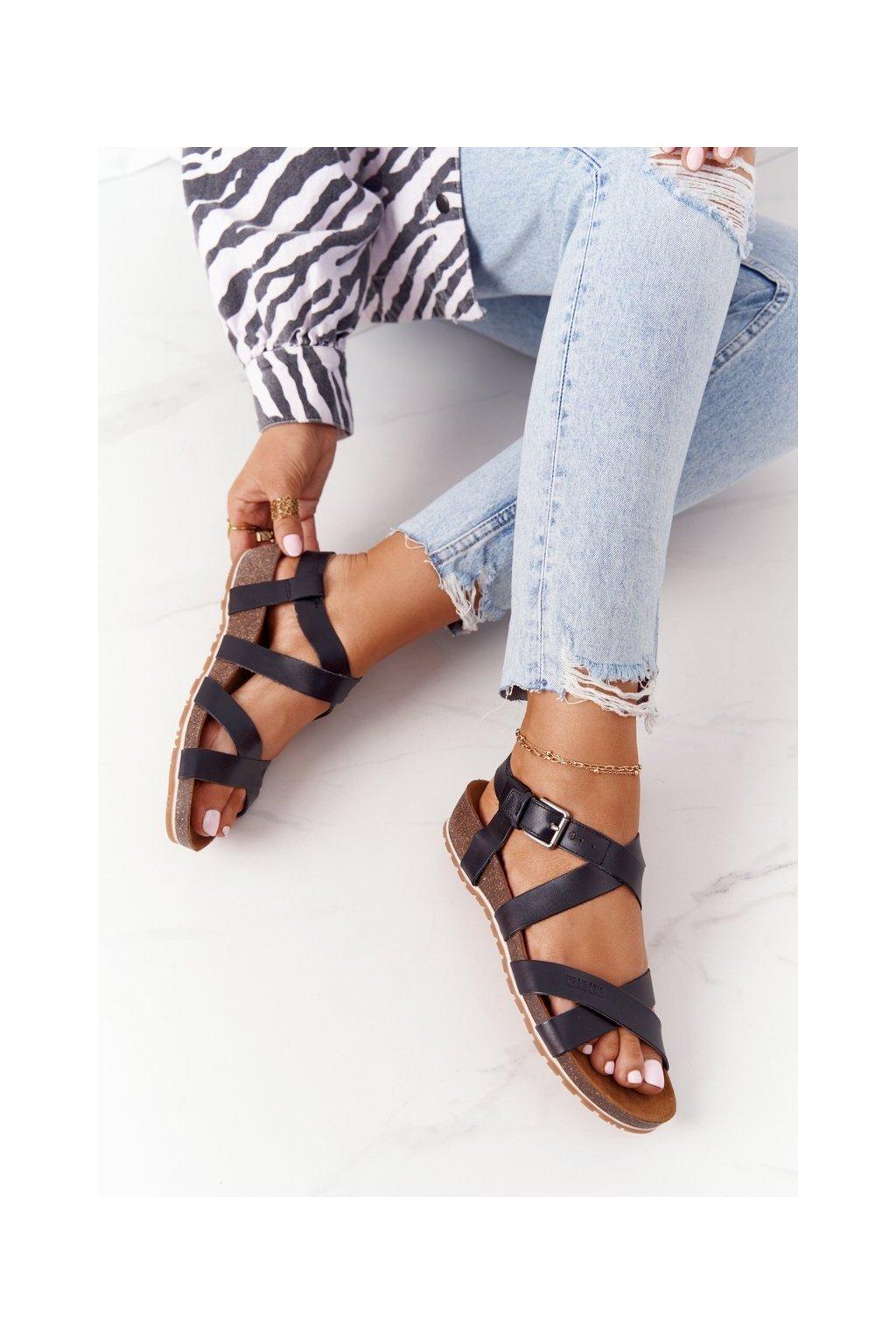 Dámske sandále farba čierna kód obuvi DD274A009 BLACK
