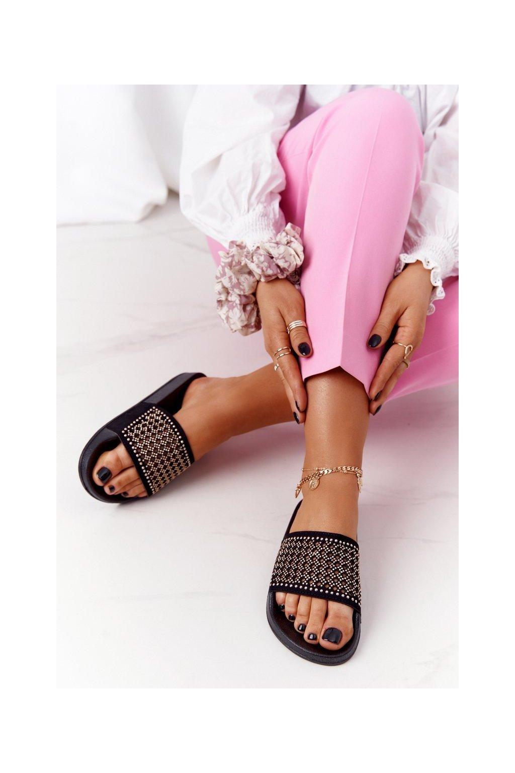 Dámske šľapky farba čierna kód obuvi 20SD10-2011 BLK