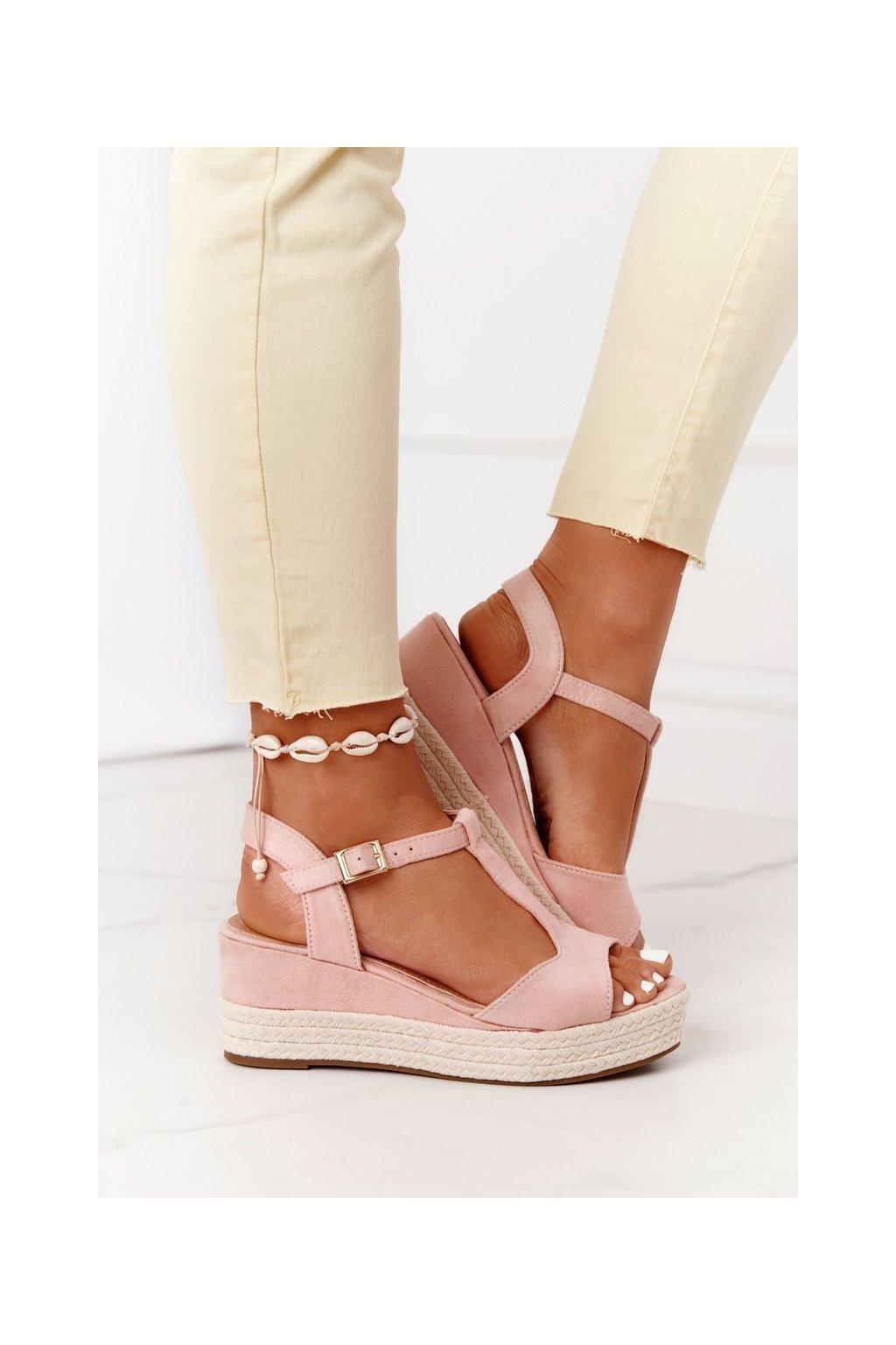 Dámske sandále farba ružová kód obuvi 9R93 PINK