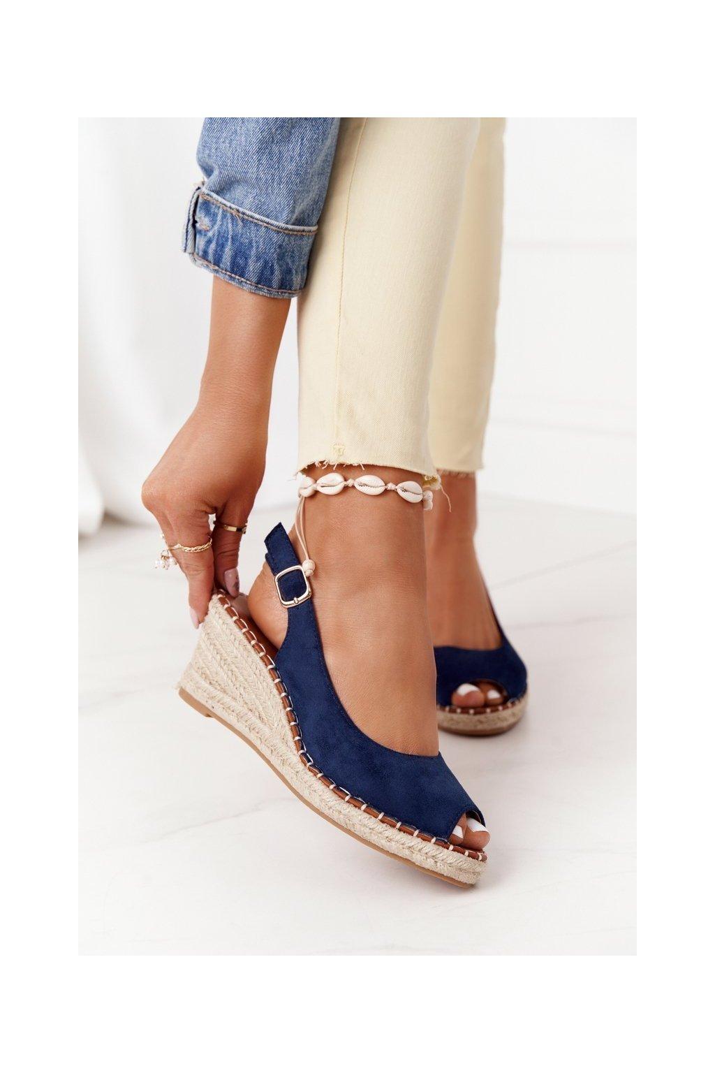 Dámske sandále farba hnedá kód obuvi H135 AZUL