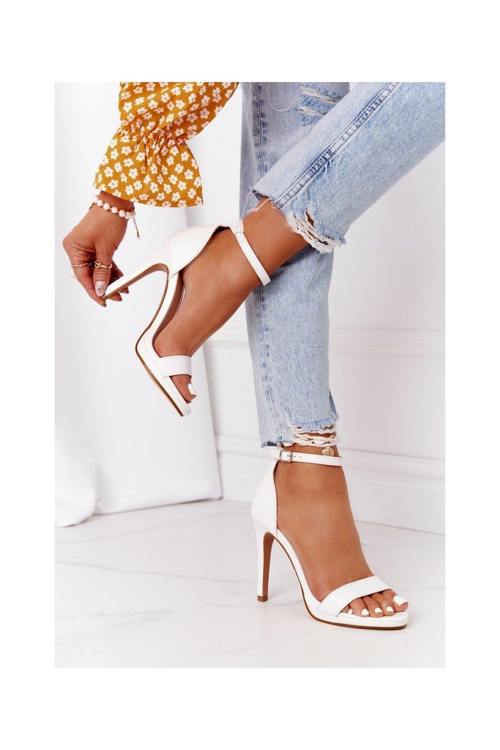 Dámske sandále farba biela kód obuvi S-835 WHITE
