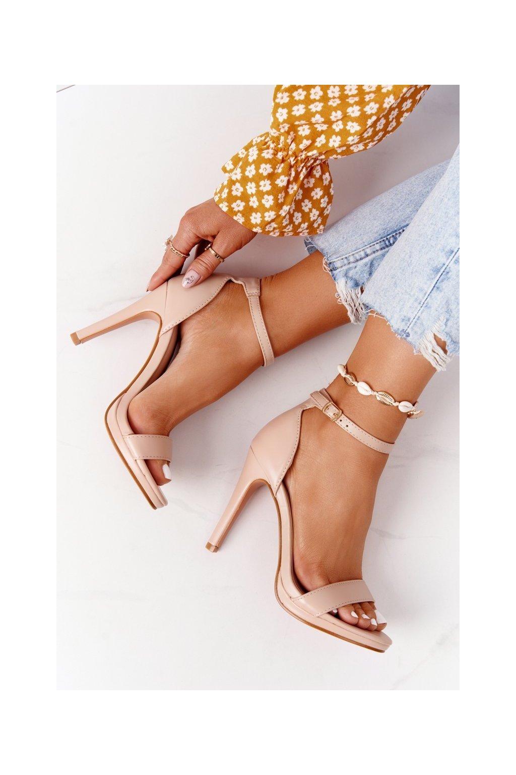 Dámske sandále farba ružová kód obuvi S-835 PINK