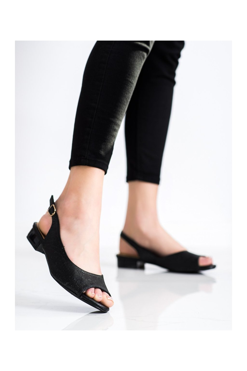 Čierne sandále Sabatina kod P142D001B