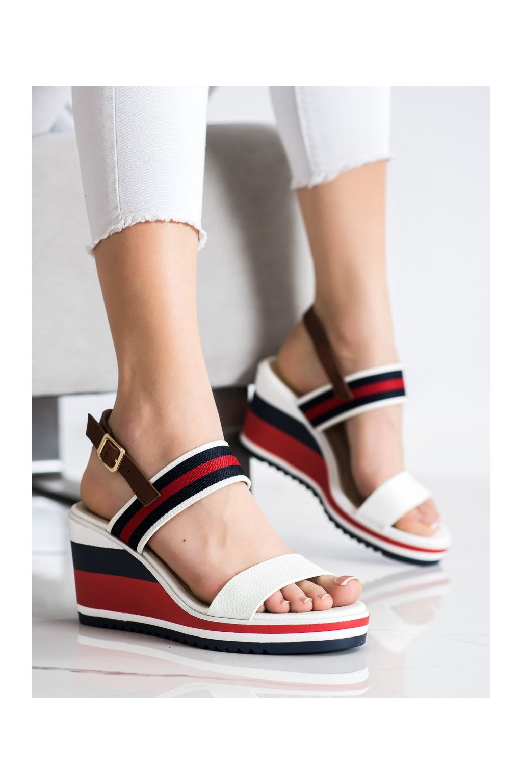 Viacfarebné sandále Filippo kod DS2094/21W/N