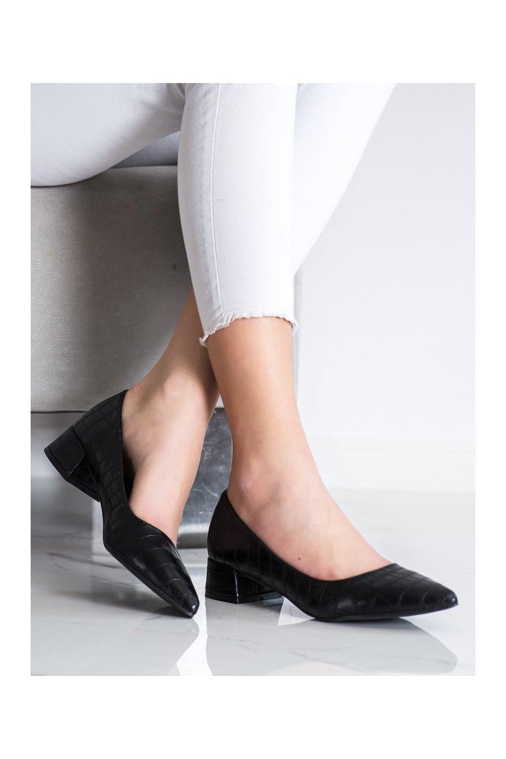 Čierne dámske lodičky Sweet shoes kod 3845B