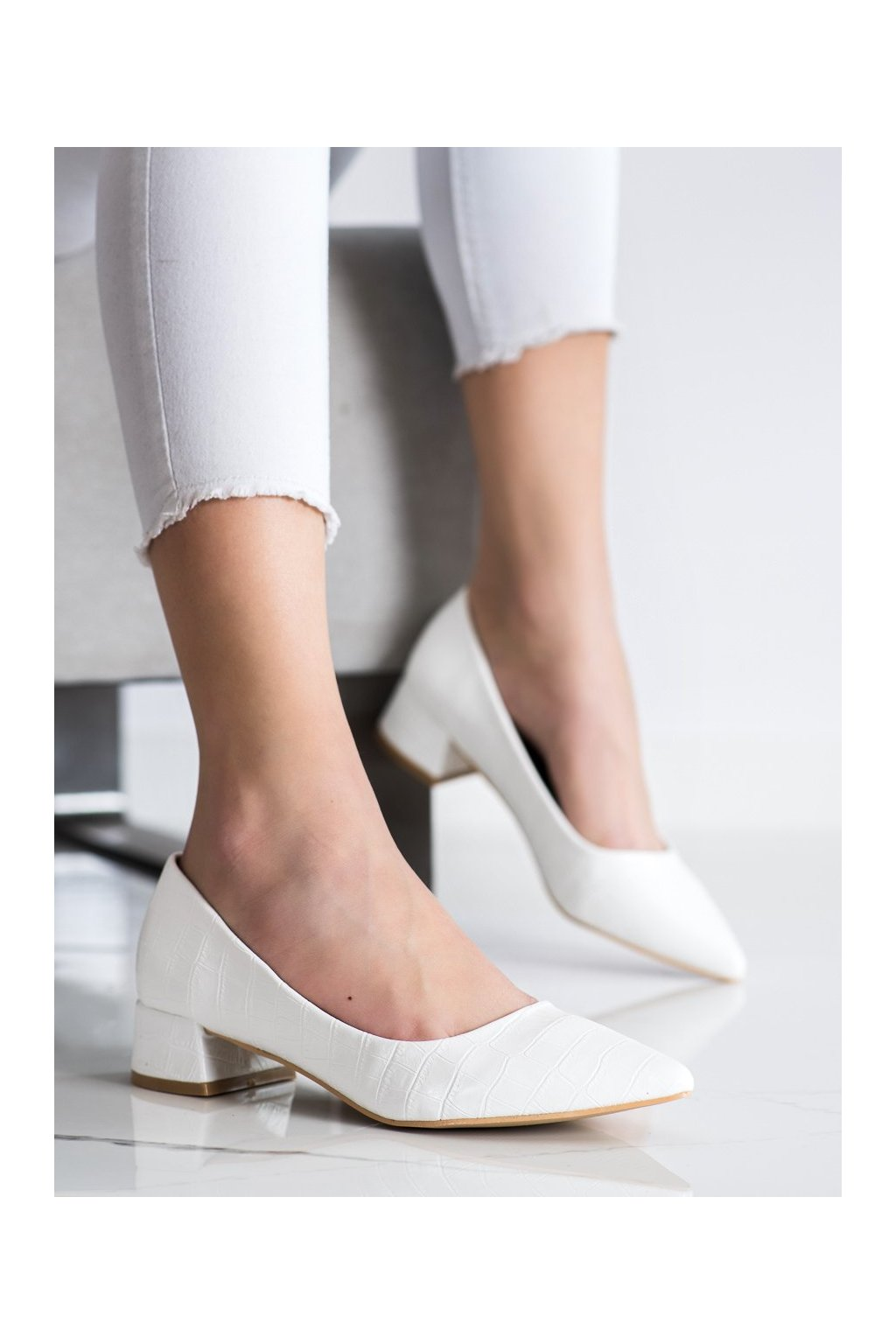 Biele dámske lodičky Sweet shoes kod 3845W