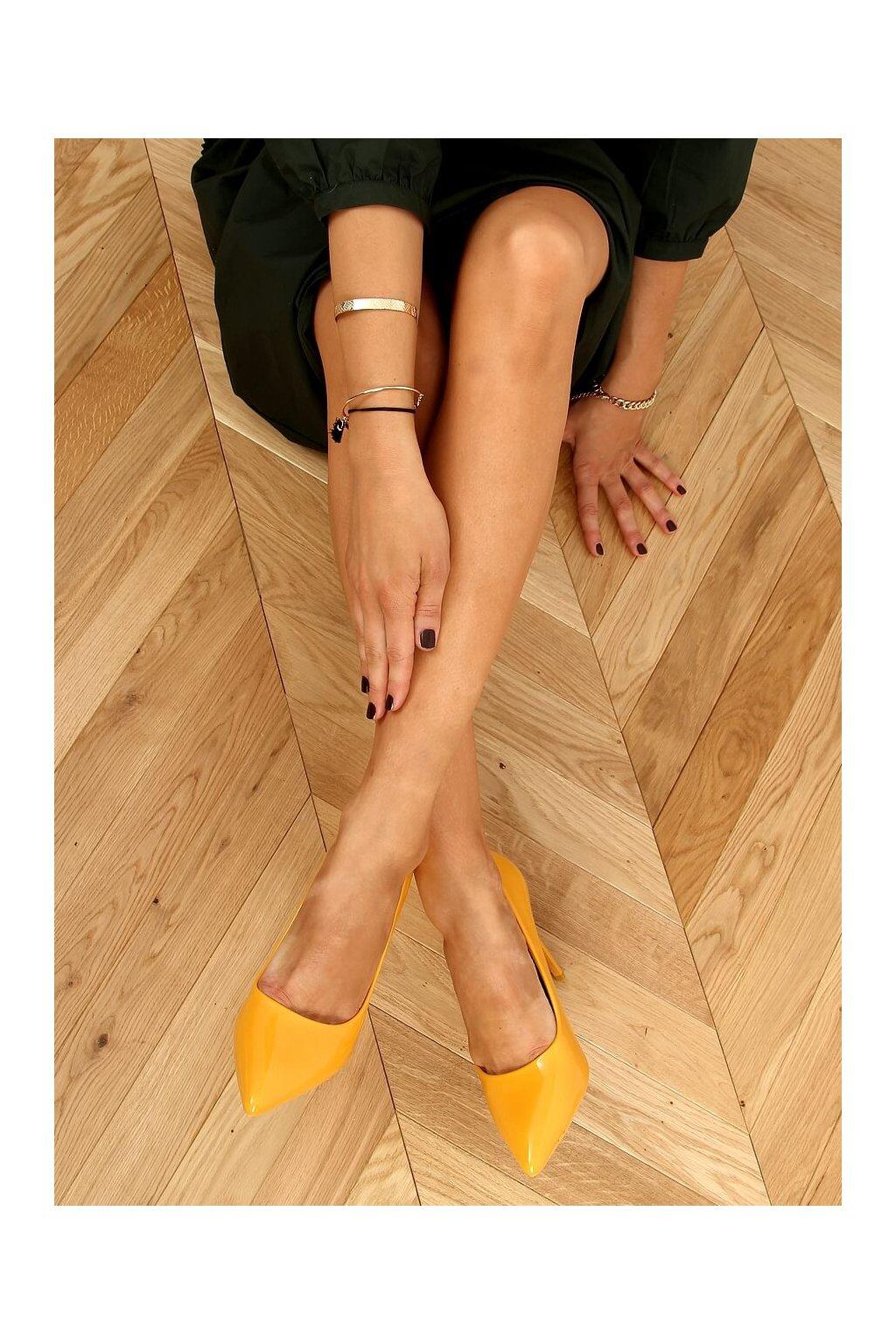 Damske lodičky žlté na ihlovom podpätku LE03P