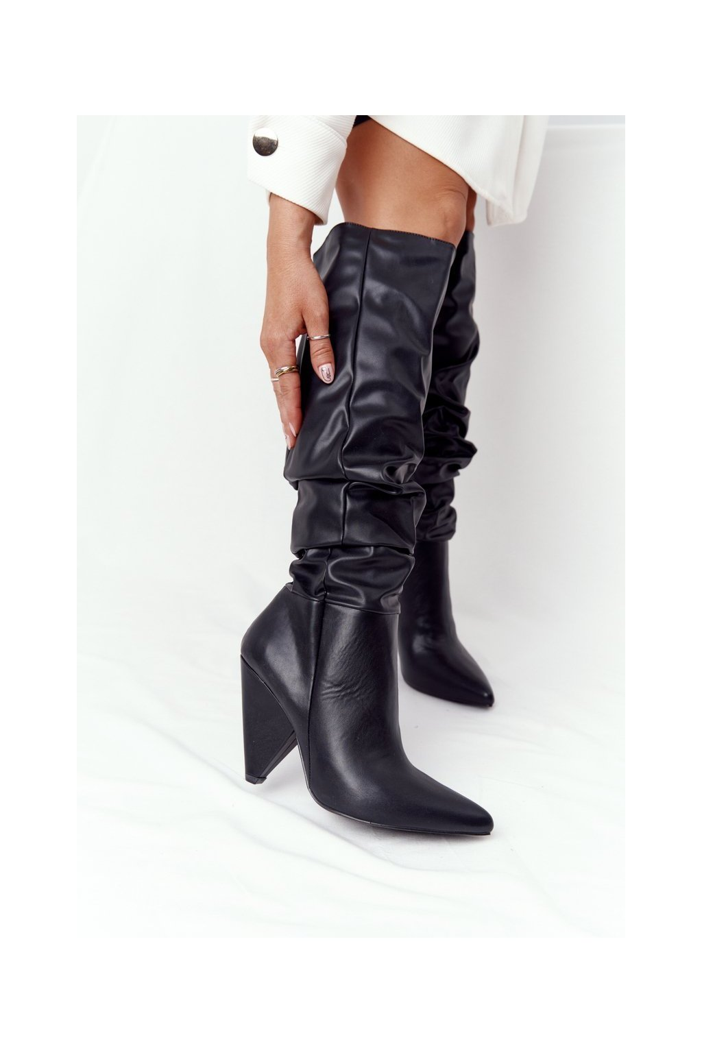 Dámske čižmy farba čierna kód obuvi XW37355 PU BLK