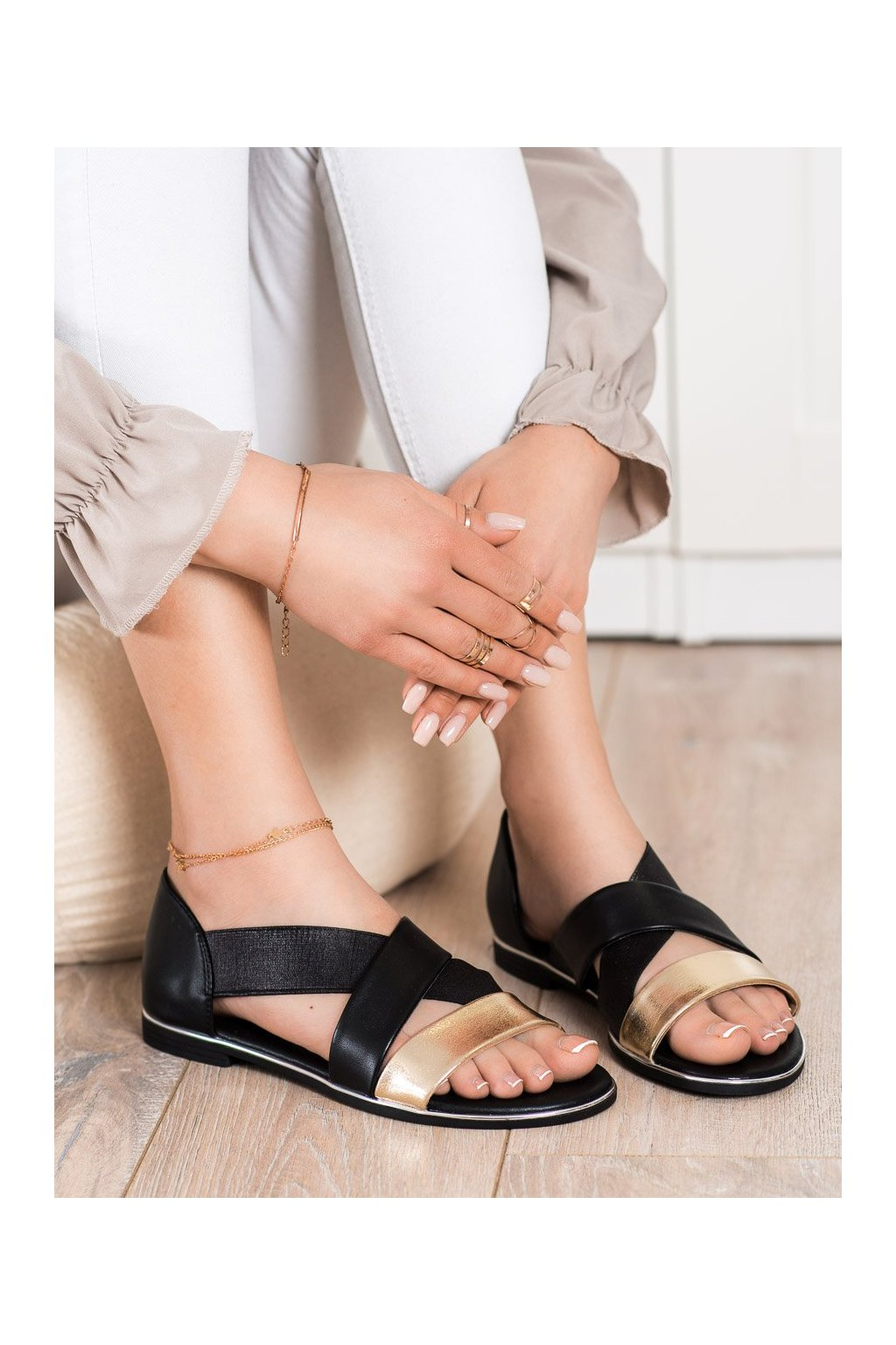 Čierne sandále Evento kod 21SD35-3882B/GO